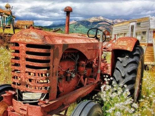 Ilustrativna slika traktora