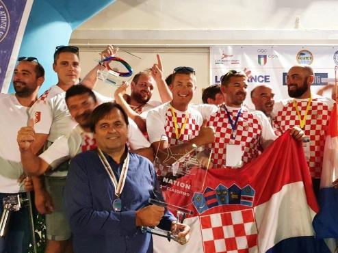 Fotografija ekipe Arbuna na svjetskom prvenstvu u lovu na veliku ribu